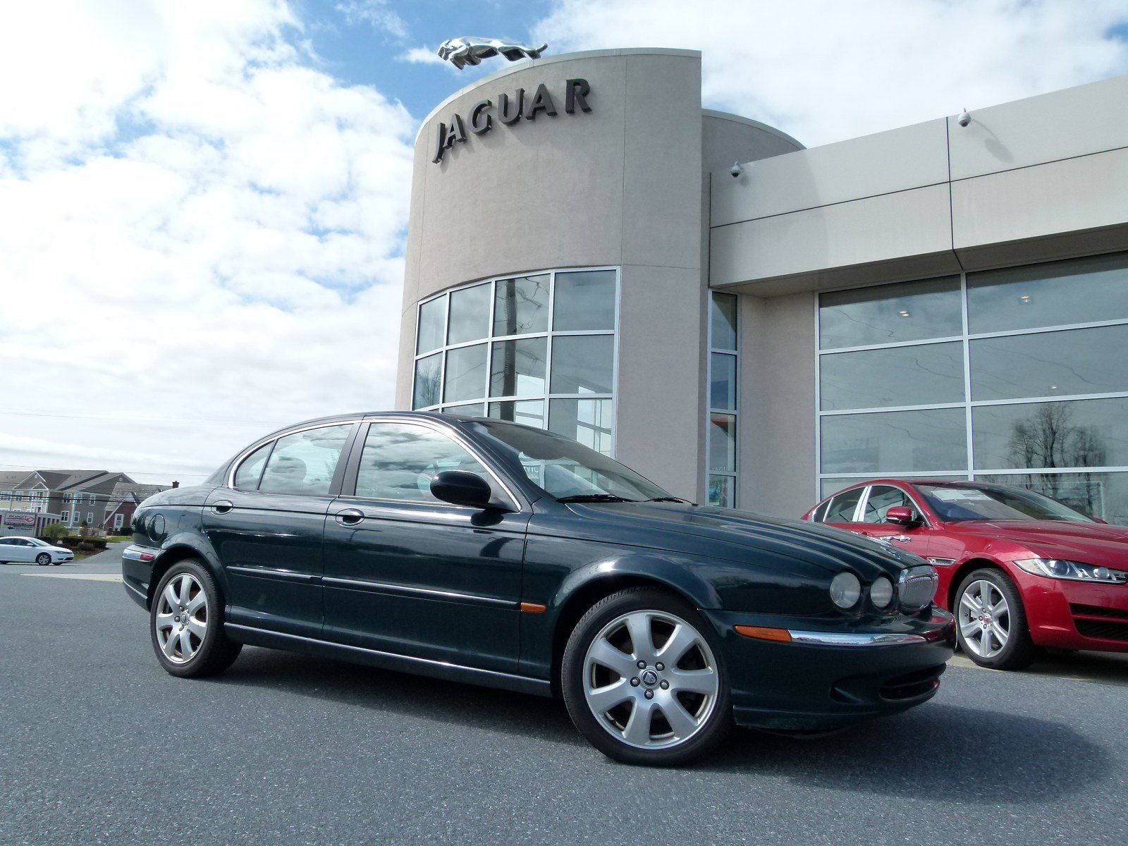 in awd owned cincinnati sport used pre sedan xf inventory jaguar door
