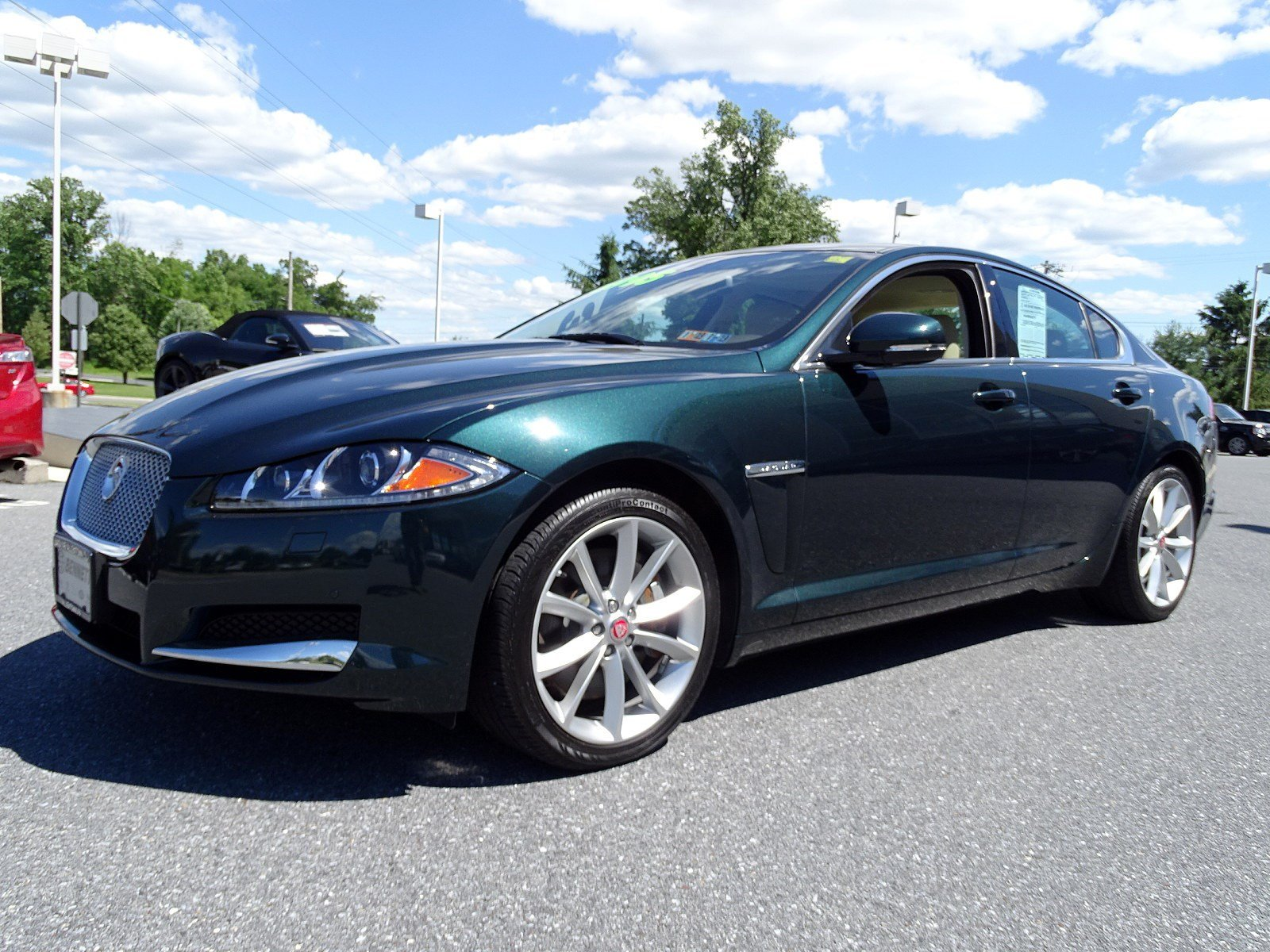 pre used sedan cincinnati xf in door sport awd inventory jaguar owned
