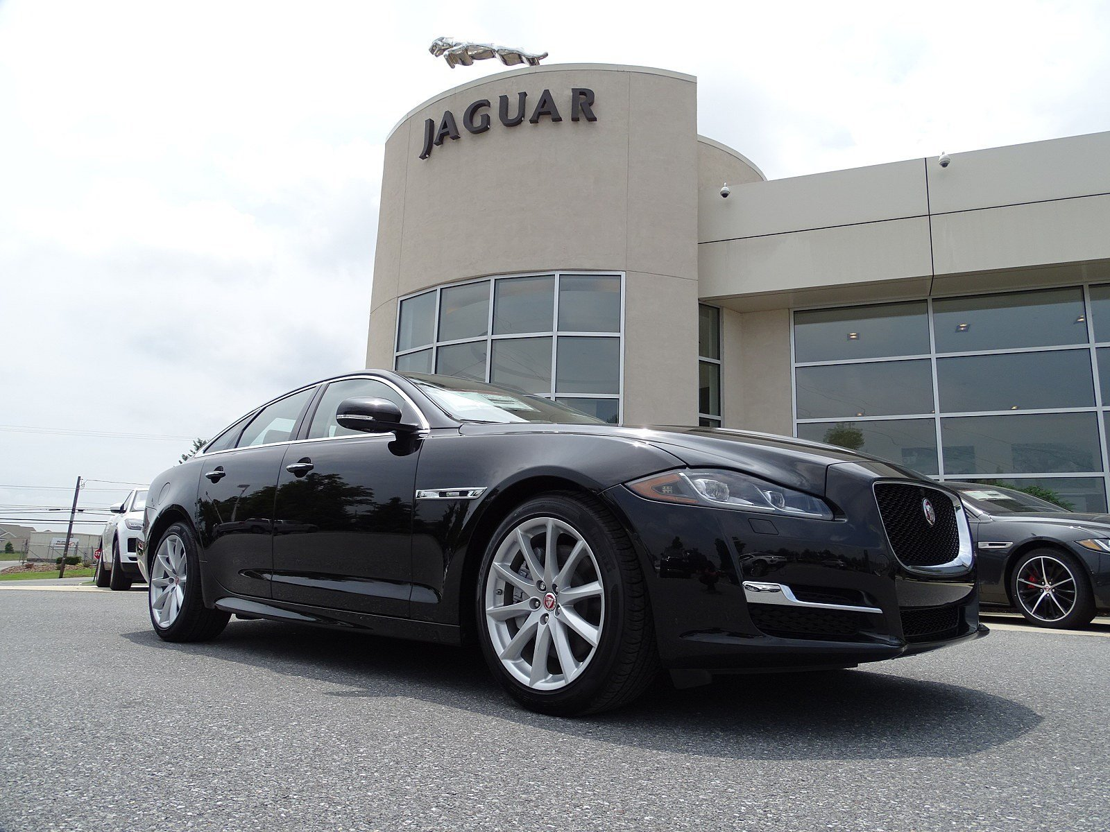 New 2018 Jaguar XJ XJ R Sport 4 Door Sedan in Allentown