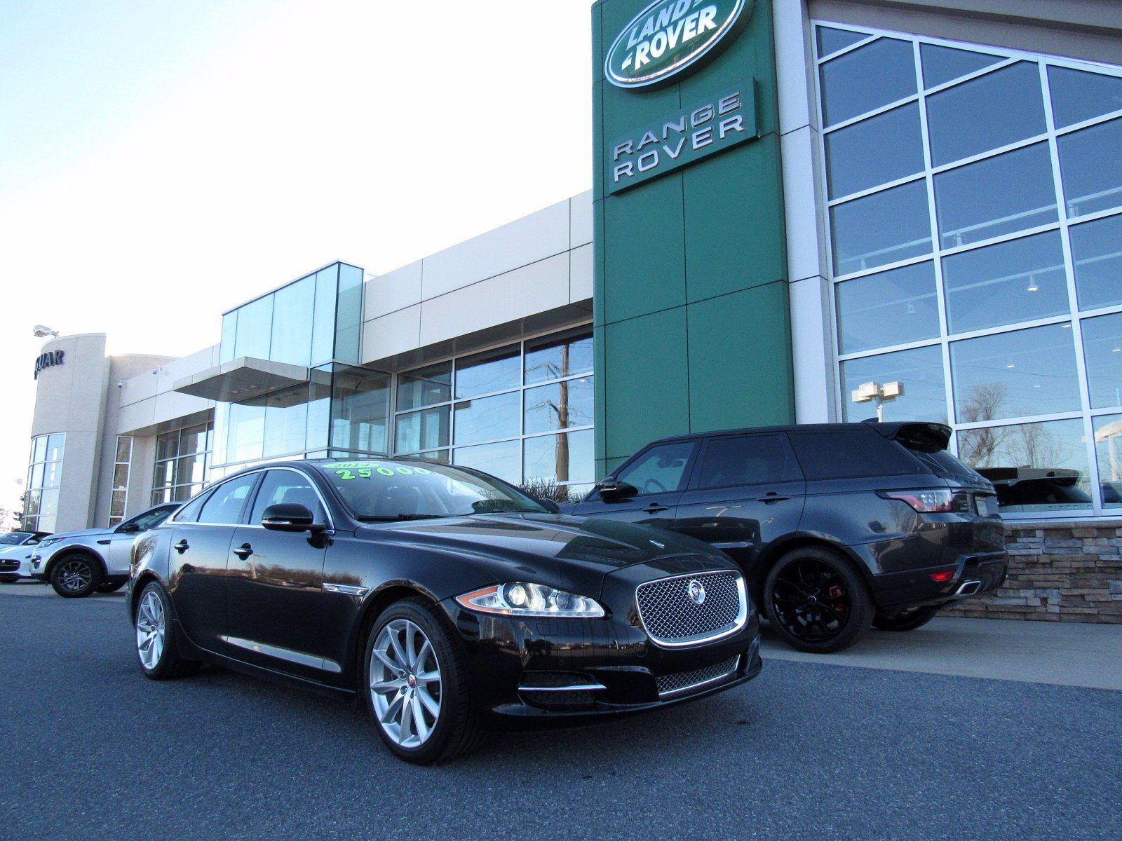 Pre-Owned 2014 Jaguar XJ Base