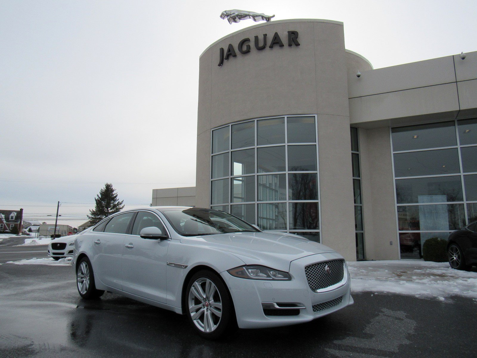 certified pre-owned 2016 jaguar xj xjl portfolio 4 door sedan in